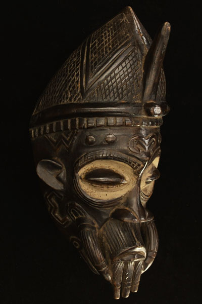 African Lulua Mask 7, Right Angle